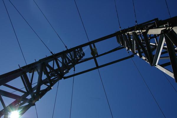 跨越中央山脈的東電西送