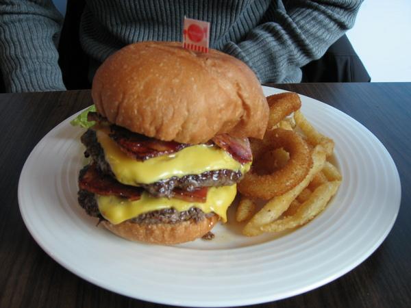 AJ Burger (26).JPG
