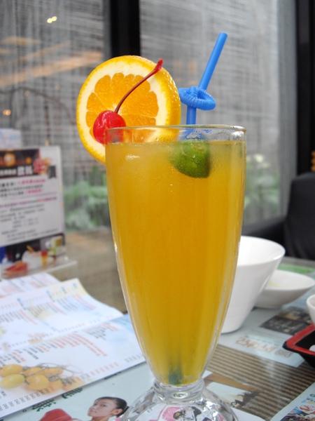風尚人文咖啡館3.JPG