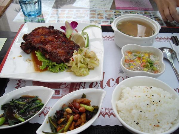 風尚人文咖啡館10.JPG
