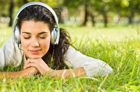 「listen the music」的圖片搜尋結果