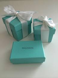 「Tiffany的藍色禮盒」的圖片搜尋結果