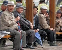 「korean elderly」的圖片搜尋結果