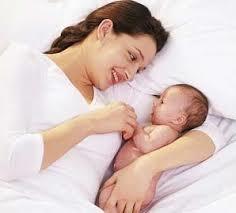「媽媽哺乳」的圖片搜尋結果