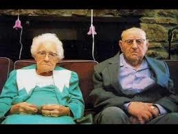 「fat aged couple」的圖片搜尋結果
