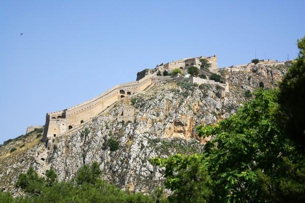 200706241601碉堡