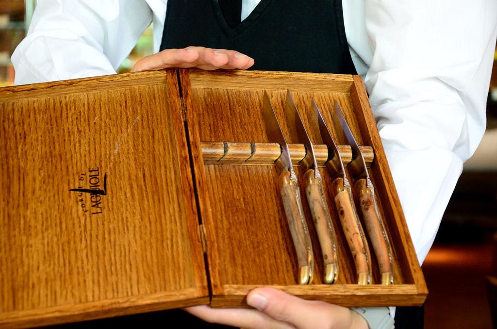 ROBIN'S 鐵板燒 FORGE DE LAGUIOLE牛排刀