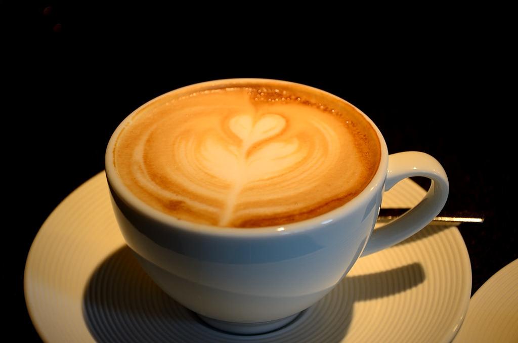 ROBIN'S 鐵板燒 咖啡拿鐵