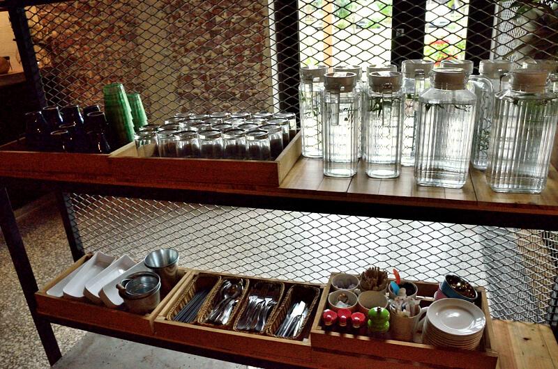 宜蘭 冬山 屋頂庭園咖啡 餐具