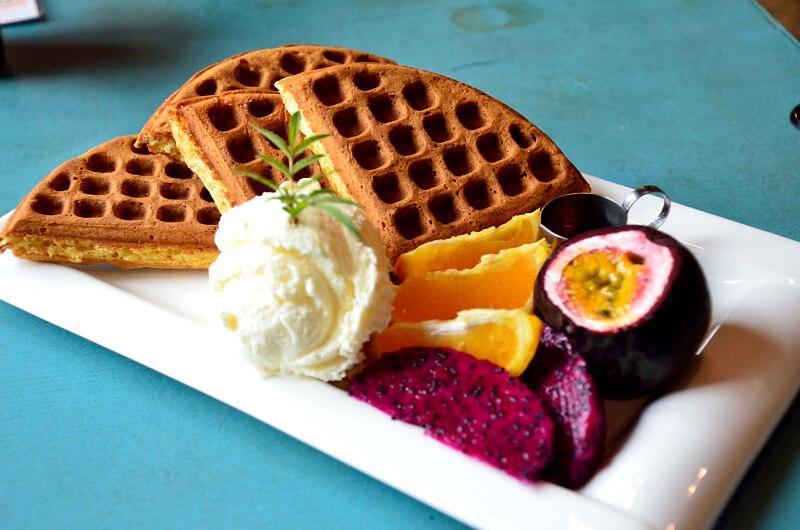 宜蘭 冬山 屋頂庭園咖啡 水果冰淇淋鬆餅