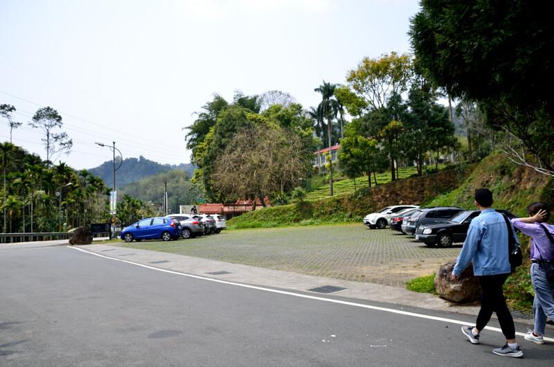 日月老茶廠,停車場