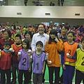 市長與PK賽的小朋友們合照.JPG