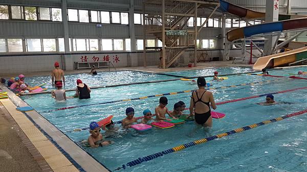 關懷弱勢家庭游泳學習日─活動花絮.jpg
