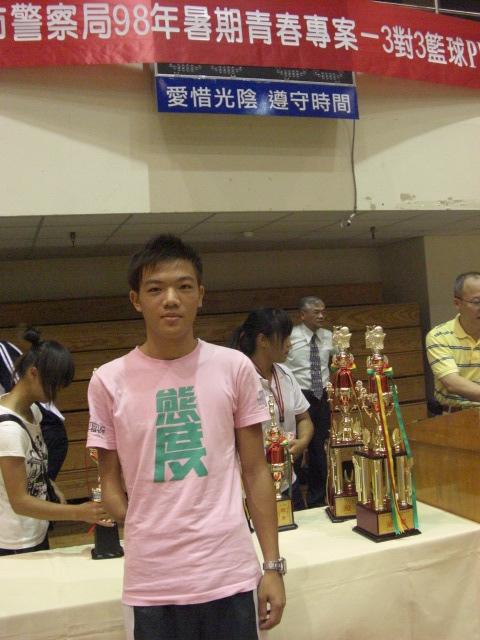 獨臂射手新竹高中的隊長范弘昊