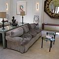 Opus One 試飲室的沙發,看起來很舒服