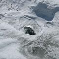 冰原上有洞,有點怕怕的。