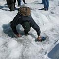 不要命的裝冰河水