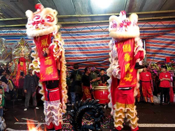 104年謁祖進香舞獅舞龍