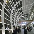 很大很漂亮的香港機場