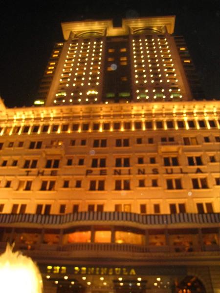 超豪華的飯店啊!!