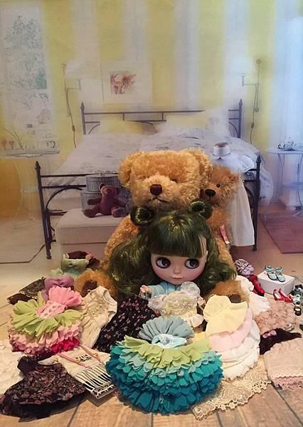 就是愛玩具-試衣