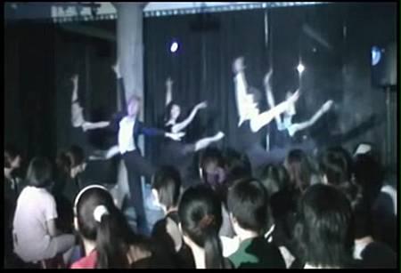 鳥組人演劇團 《羅密歐與茱麗葉舞台謀殺案》_001_mpeg1video[22-22-38]
