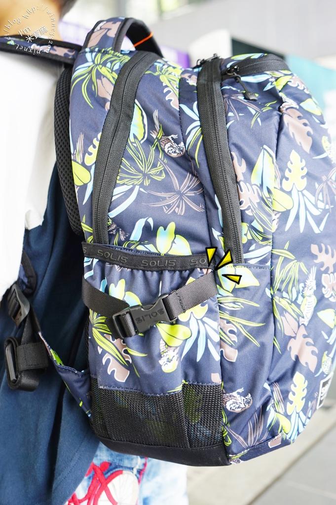 SOLIS防潑水後背包24