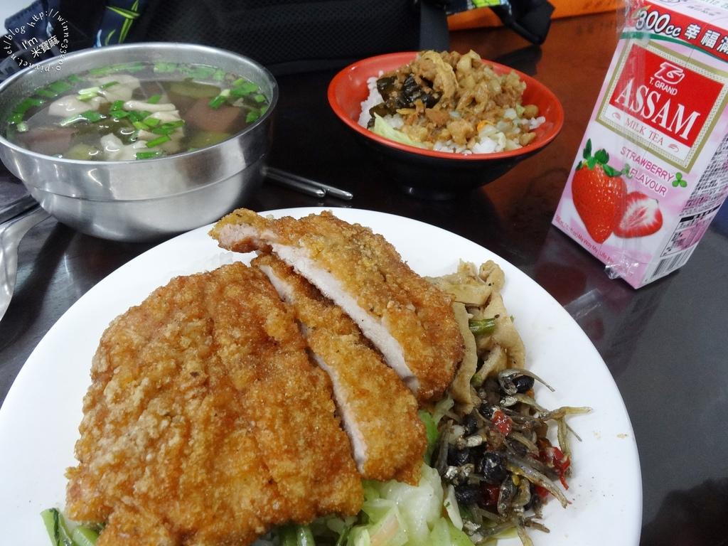 祿港麵食館_9