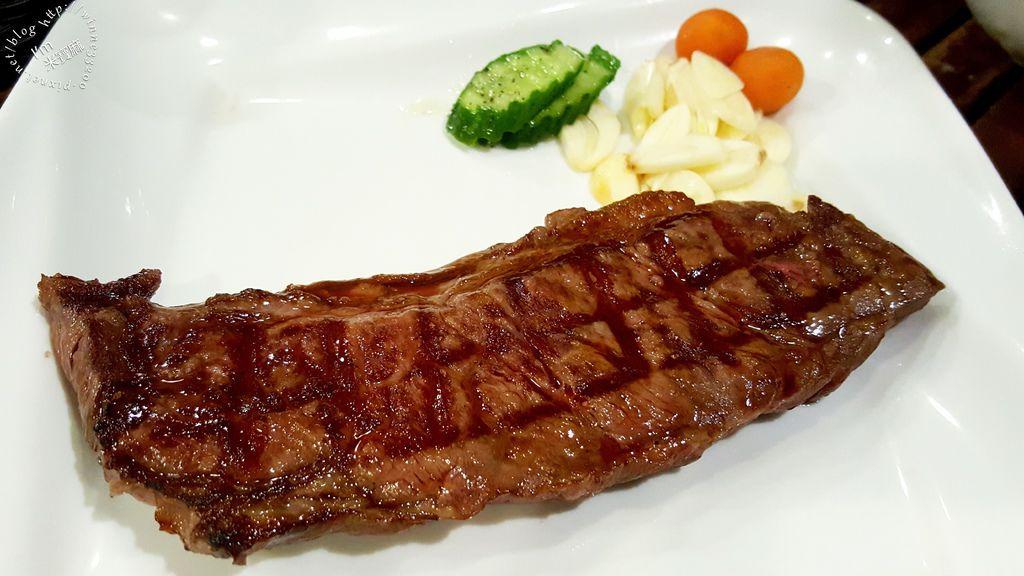 紅牛原味炭烤牛排_7