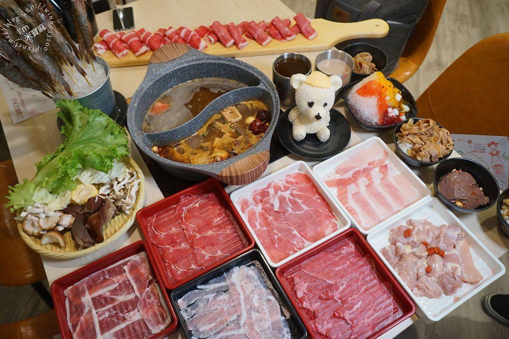 星野肉肉鍋吃到飽 新光三越台北站前店 (30)