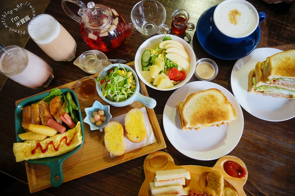 Ca va bien 賓時光餐館┃新埔早午餐。價格平實、份量足、環境舒䢦。在地板橋人必吃