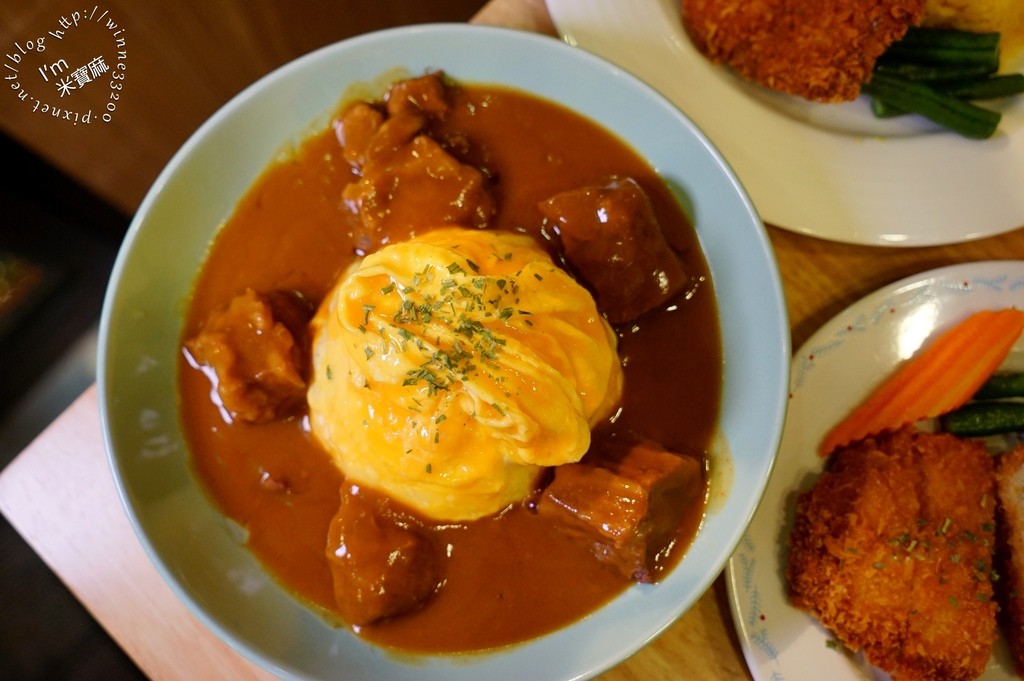 中田咖哩 性感店┃永和區咖哩推薦。份量足、食材鮮。瘋狂蛋、乳酪絲、烏龍麵加價即可享有