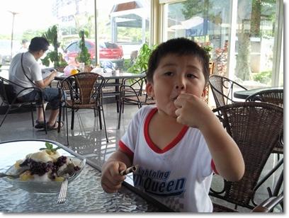 2009 05 17-16甲蟲.jpg