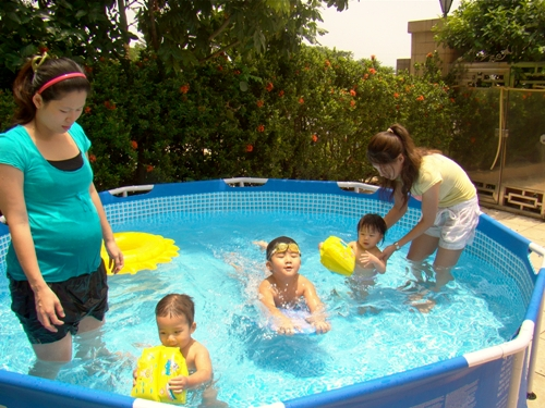 家中游泳池