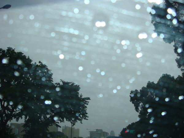 970915下雨景色