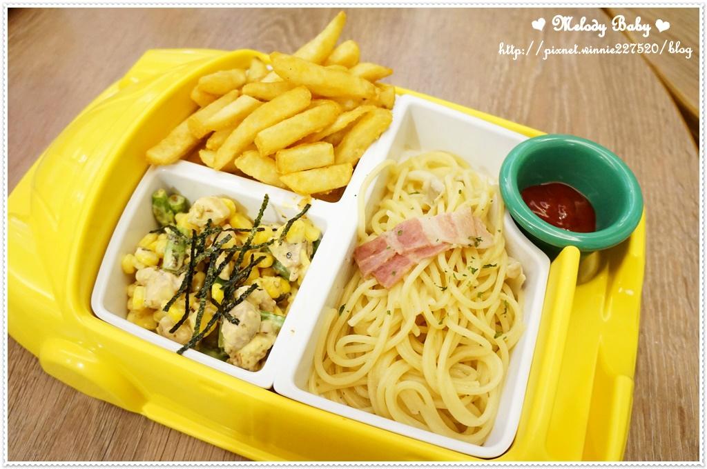 小岩井Family親子餐廳 (9).JPG