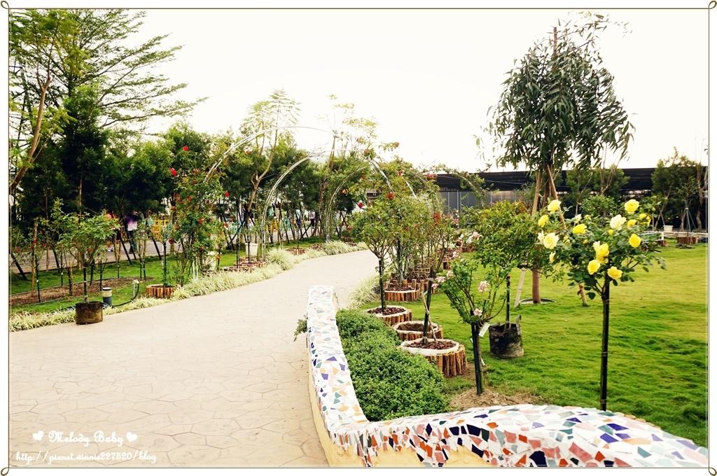 蘿莎玫瑰莊園 (4).JPG