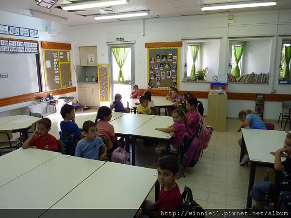 準備上課的小人們2