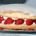 草莓波士頓派2.jpeg