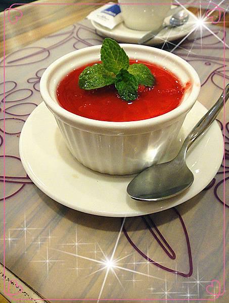 純素草莓奶酪.jpg
