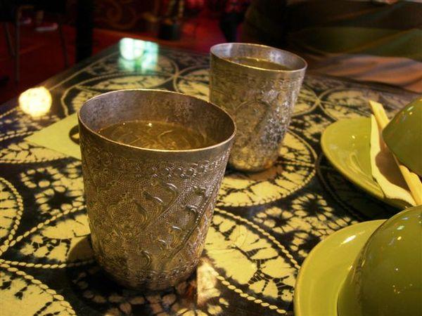 晚餐泰式料理店的錫杯.JPG