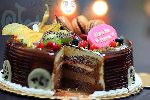 馬卡龍焦糖情人蛋糕-切面