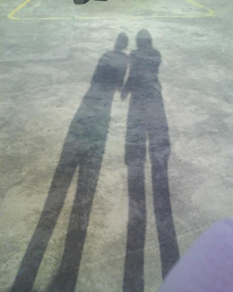 我和鞋底的影子