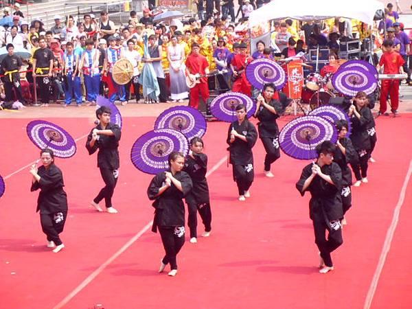 高雄內門創意宋江大賽龍華科技大學傘子舞