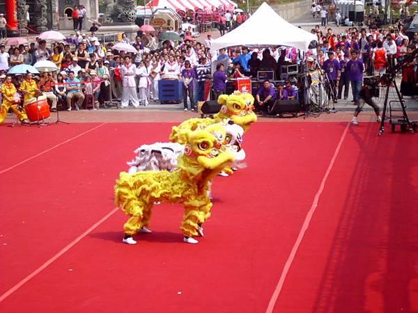 高雄內門創意宋江大賽台南大學舞獅