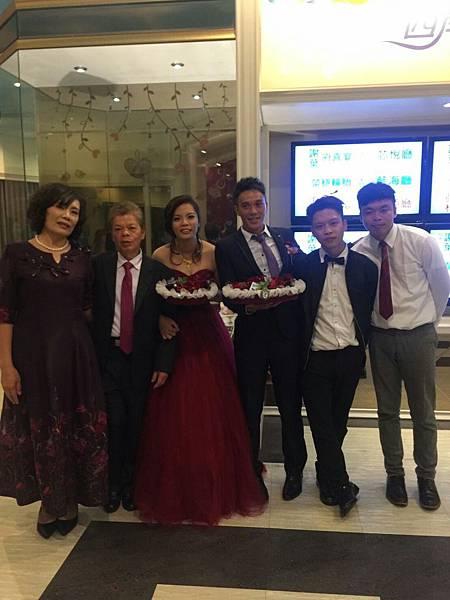 106.2.25婚禮照片-側拍_170318_0038.jpg