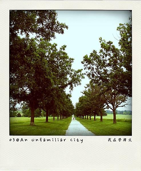 03-AnUnfamiliarCity