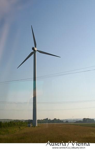 耶耶~ 終於拍到張大風車了