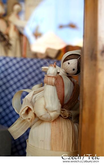 可愛精緻的玉米娃娃