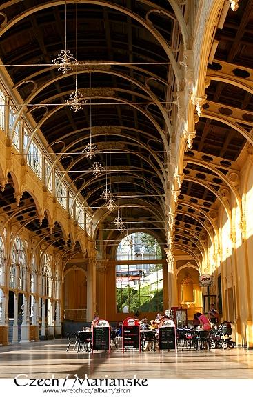 美麗的拉茲尼斯卡大迴廊